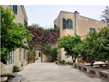 House of character, Lija