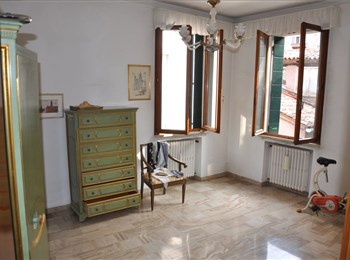 Ref. 3181 - Apartment for sale in Venice SAN POLO - Campo San Polo
